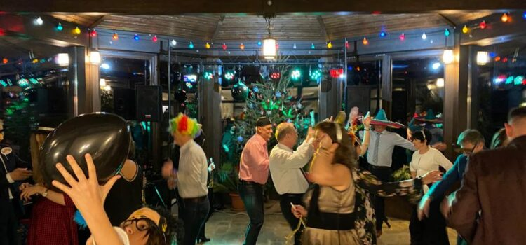 O petrecere de Revelion la Cetăţuia – un hit de bun-gust